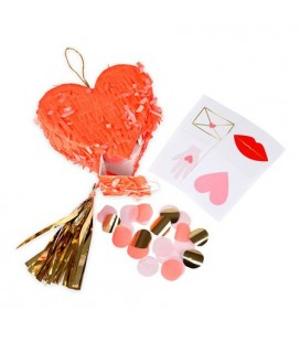 3 Mini Heart Pinatas